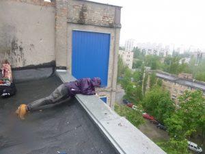 Спасение кота под крышей